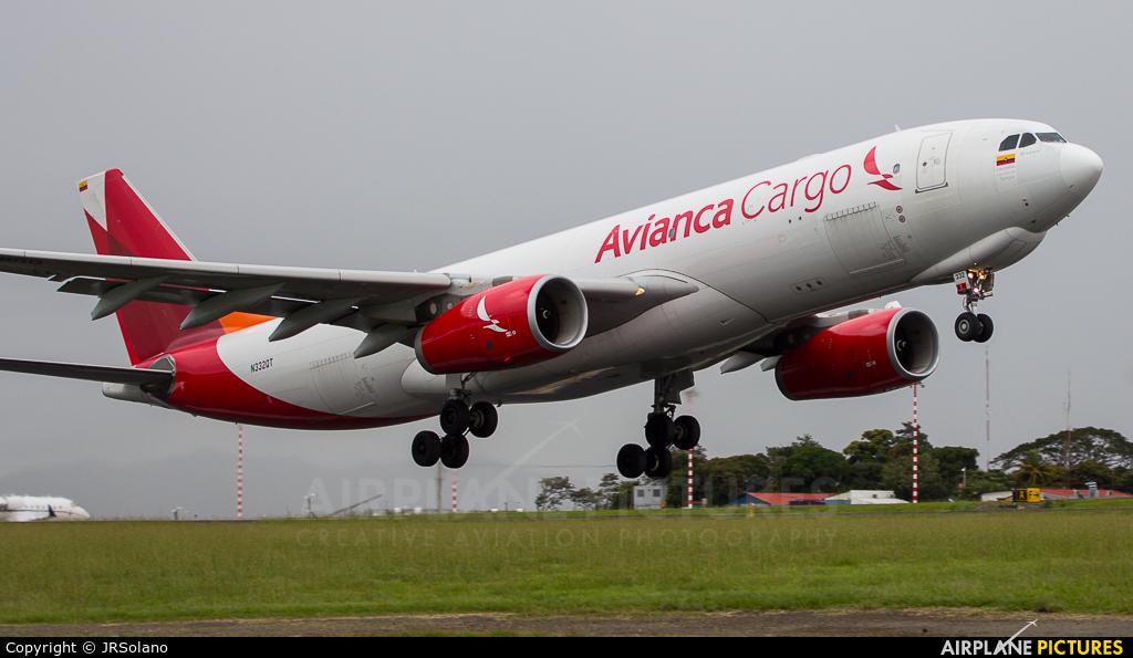 Avianca Cargo N332QT aircraft at San Jose - Juan Santamaría Intl