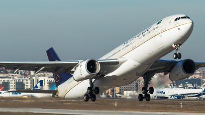 HZ-AQ25 - Saudi Arabian Airlines Airbus A330-300