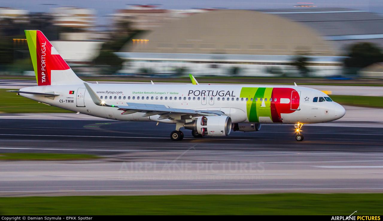 TAP Portugal CS-TMW aircraft at Lisbon