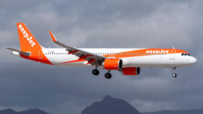 G-UZMG - easyJet Airbus A321 NEO