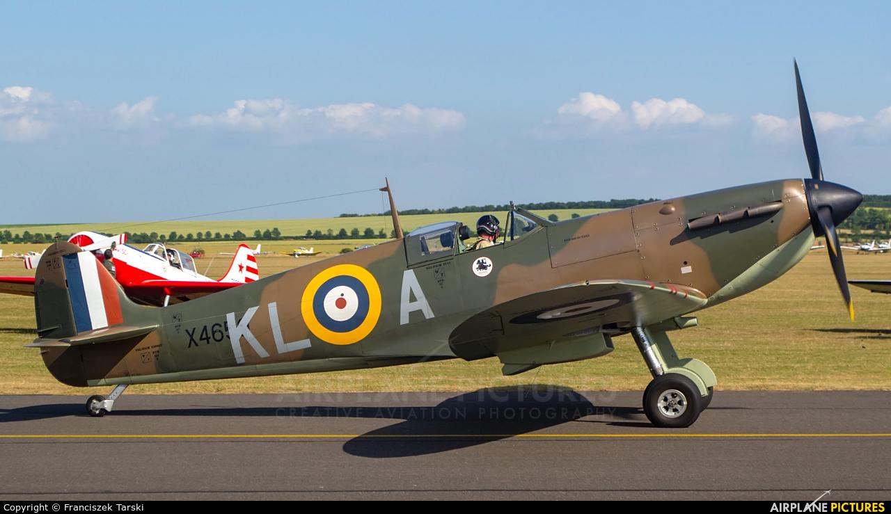 Private G-CGUK aircraft at Duxford