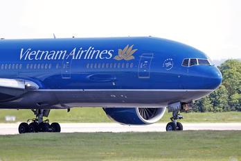 VN-A141 - Vietnam Airlines Boeing 777-200ER