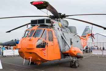 XV666 - Royal Navy Westland Sea King HU.5