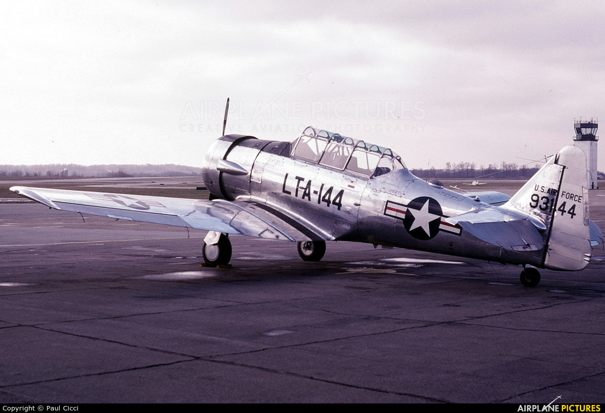 Private N55897 aircraft at Purdue University Airport