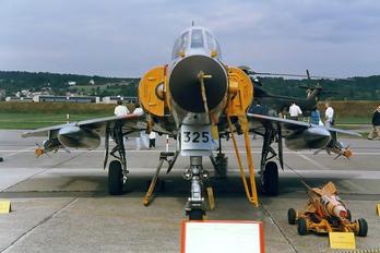 J-2325 - Switzerland - Air Force Dassault Mirage IIIS