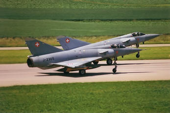 J-2305 - Switzerland - Air Force Dassault Mirage IIIS