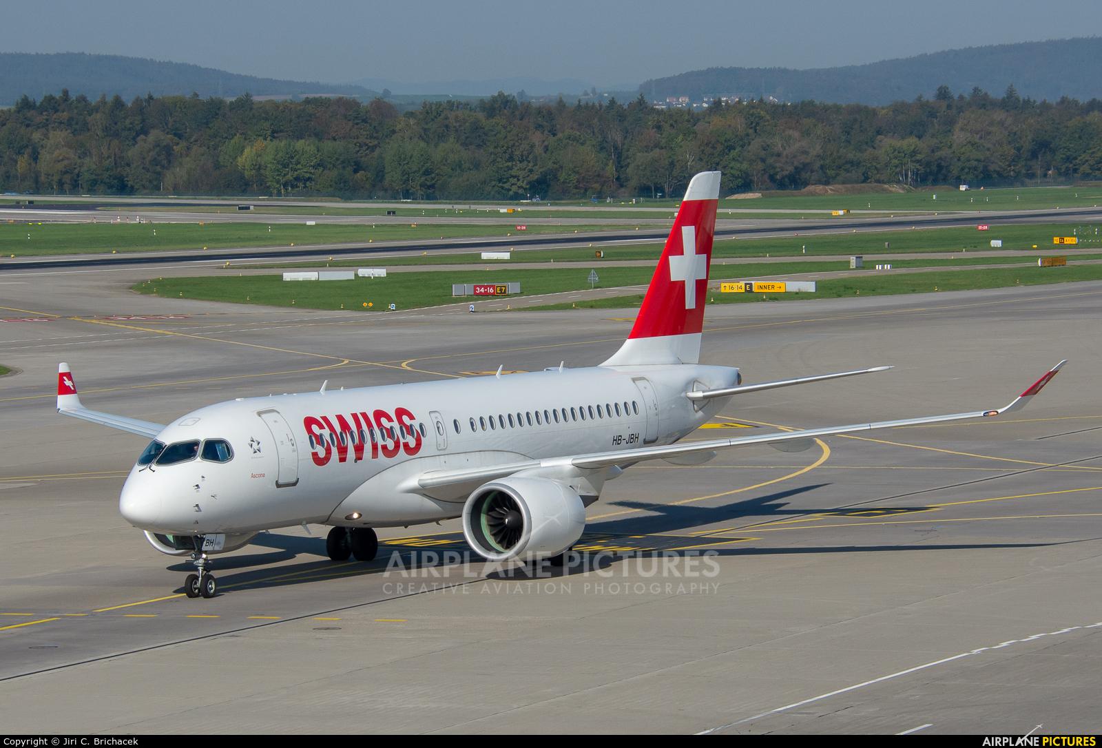 Swiss HB-JBH aircraft at Zurich