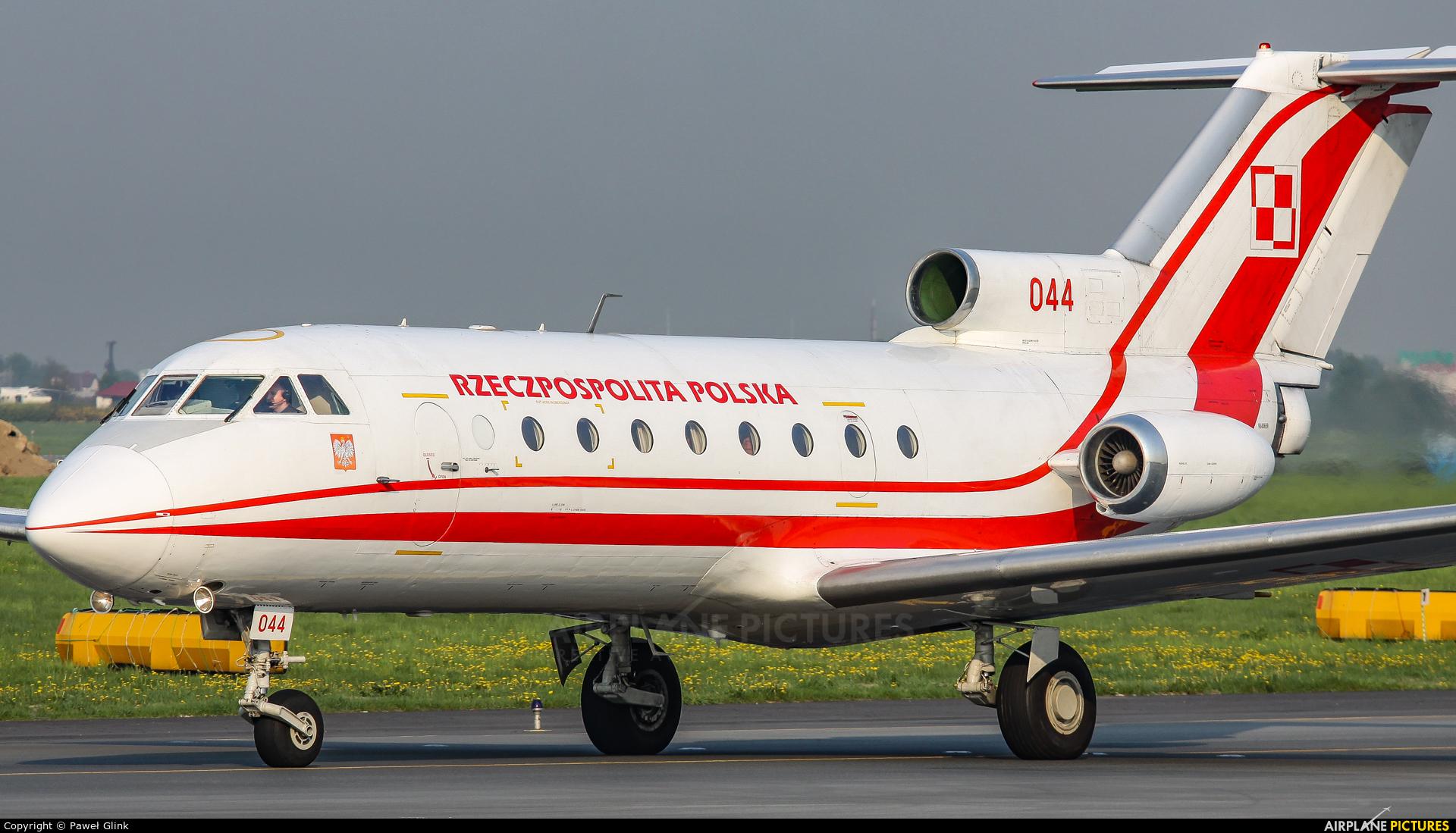 Poland - Air Force 044 aircraft at Warsaw - Frederic Chopin