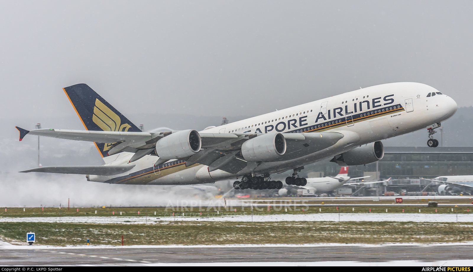 Singapore Airlines 9V-SKY aircraft at Zurich