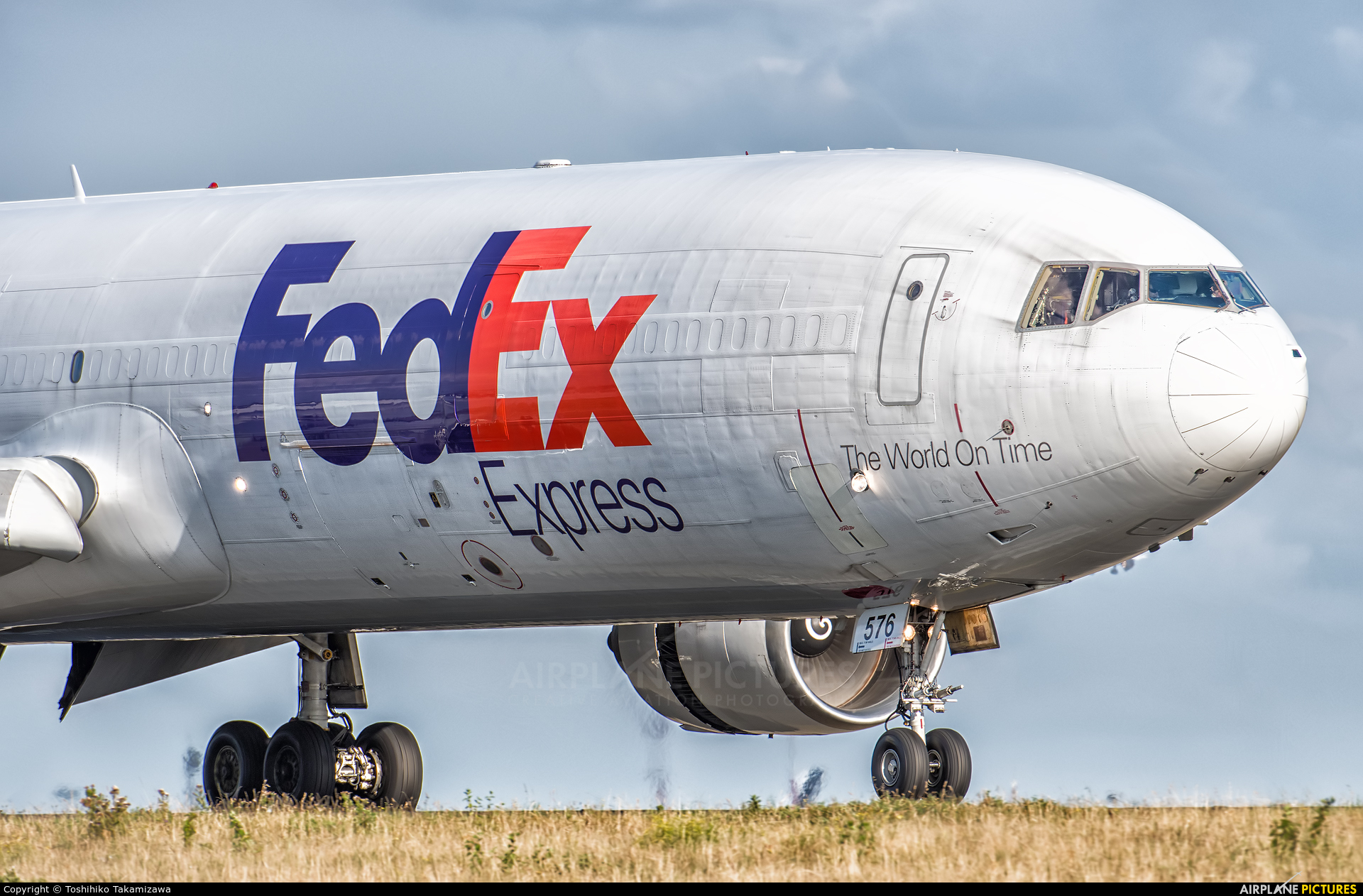 FedEx Federal Express N576FE aircraft at Paris - Charles de Gaulle