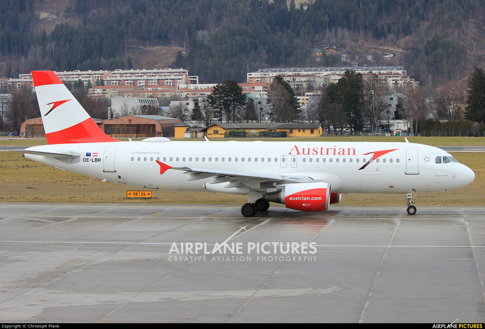 Austrian Airlines/Arrows/Tyrolean OE-LBR aircraft at Innsbruck
