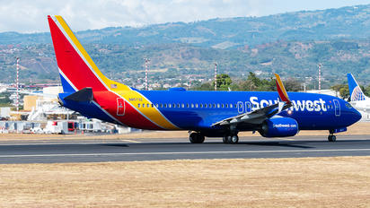 N8573Z - Southwest Airlines Boeing 737-800