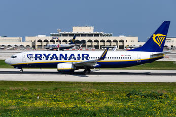 SP-RSL - Ryanair Sun Boeing 737-8AS