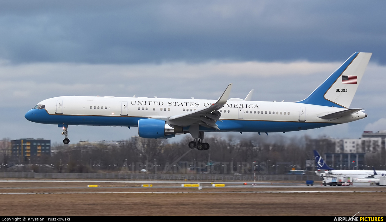 USA - Air Force 99-0004 aircraft at Warsaw - Frederic Chopin
