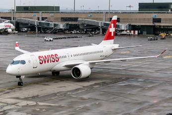 HB-JCJ - Swiss Bombardier CS300