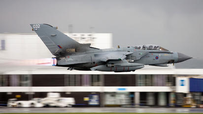 ZA413 - Royal Air Force Panavia Tornado GR.4 / 4A