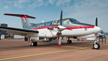 G-GMAD - Gama Aviation Beechcraft 300 King Air 350