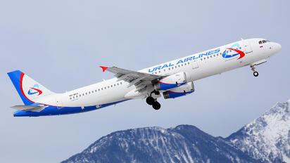 VQ-BGX - Ural Airlines Airbus A321