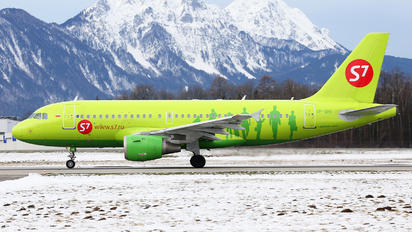VP-BHI - S7 Airlines Airbus A319