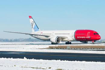 LN-LNL - Norwegian Air International Boeing 787-9 Dreamliner