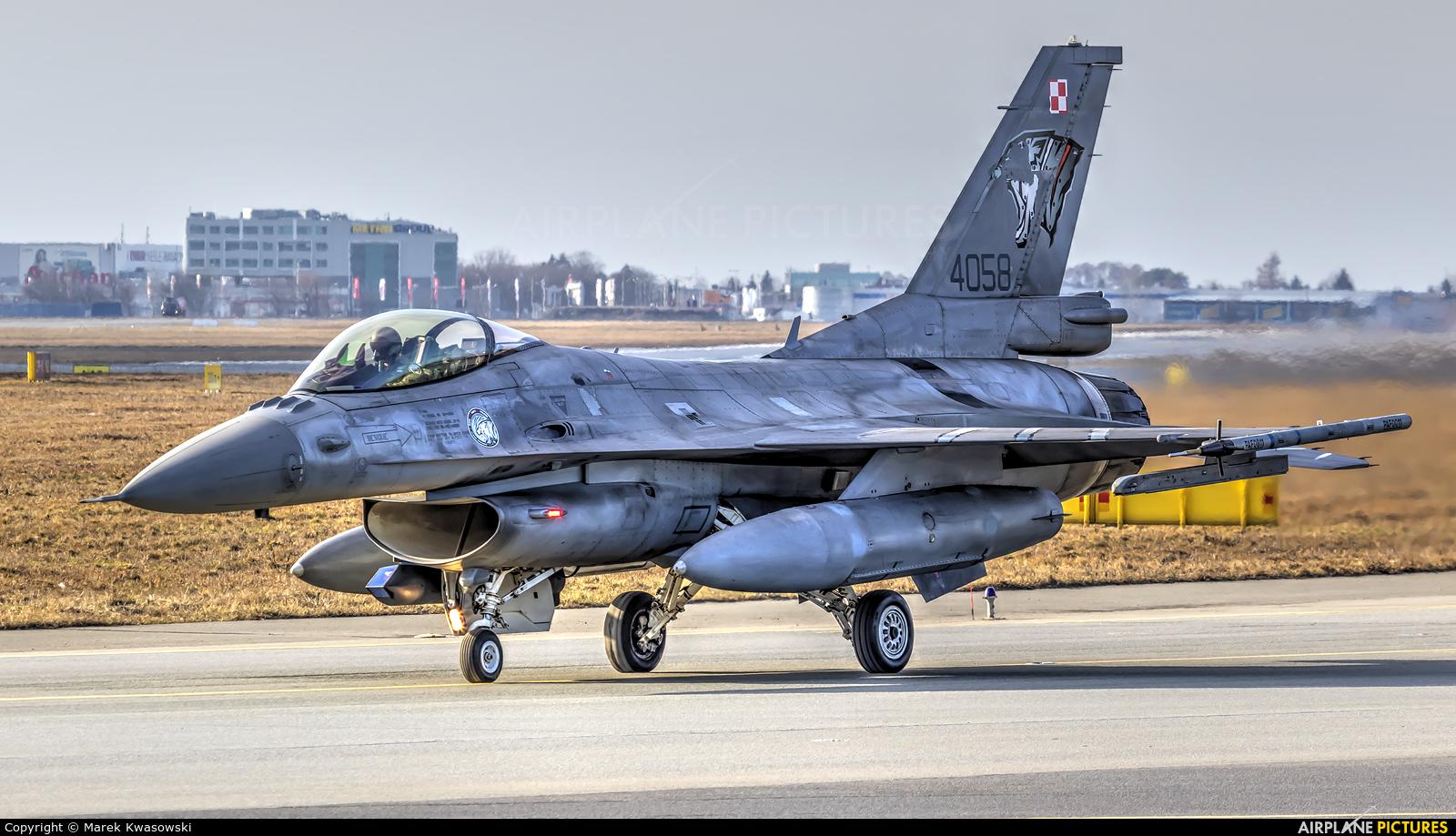 Poland - Air Force 4058 aircraft at Warsaw - Frederic Chopin