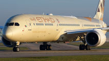 A6-BME - Etihad Airways Boeing 787-10 Dreamliner aircraft