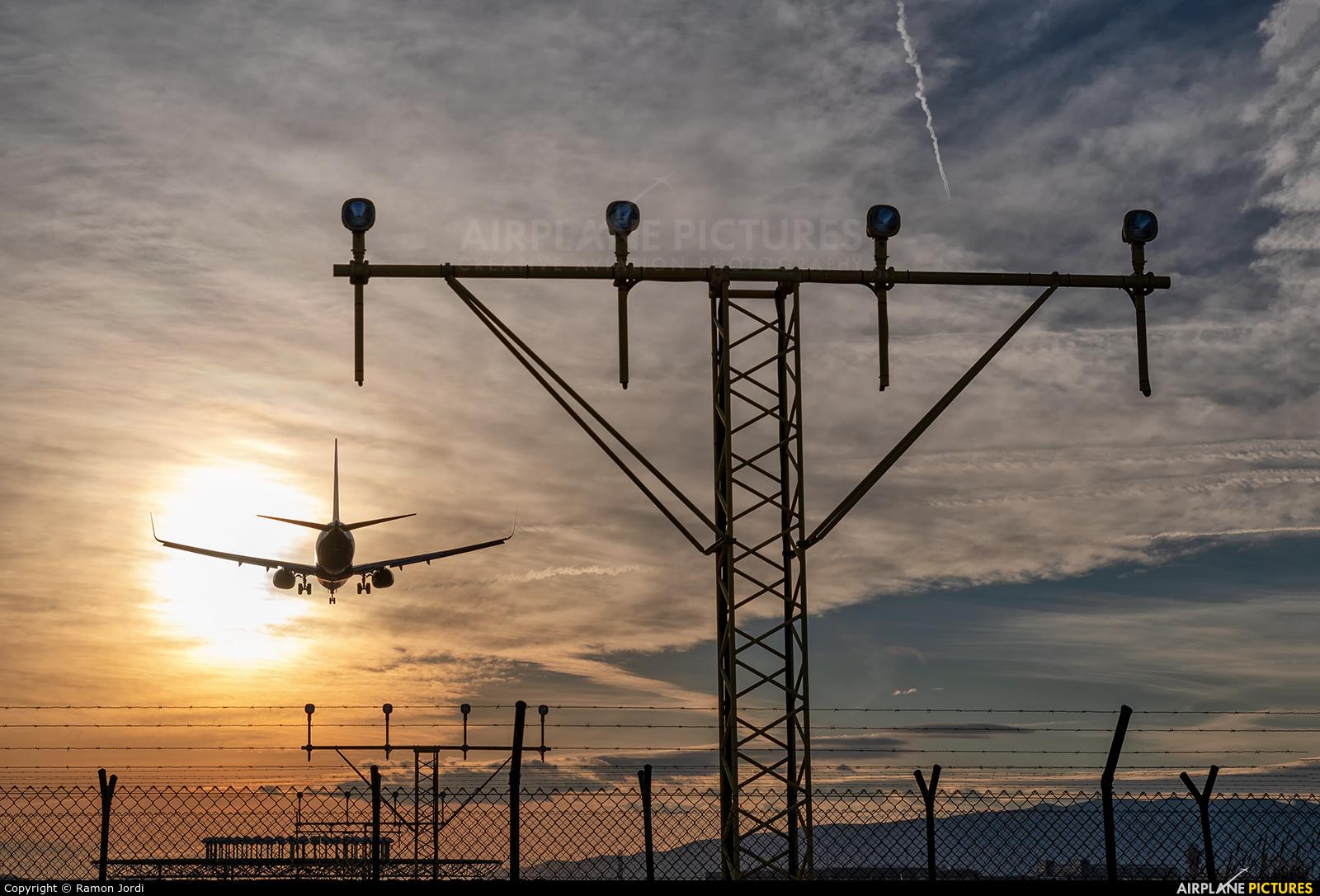 Air Baltic YL-CSH aircraft at Barcelona - El Prat