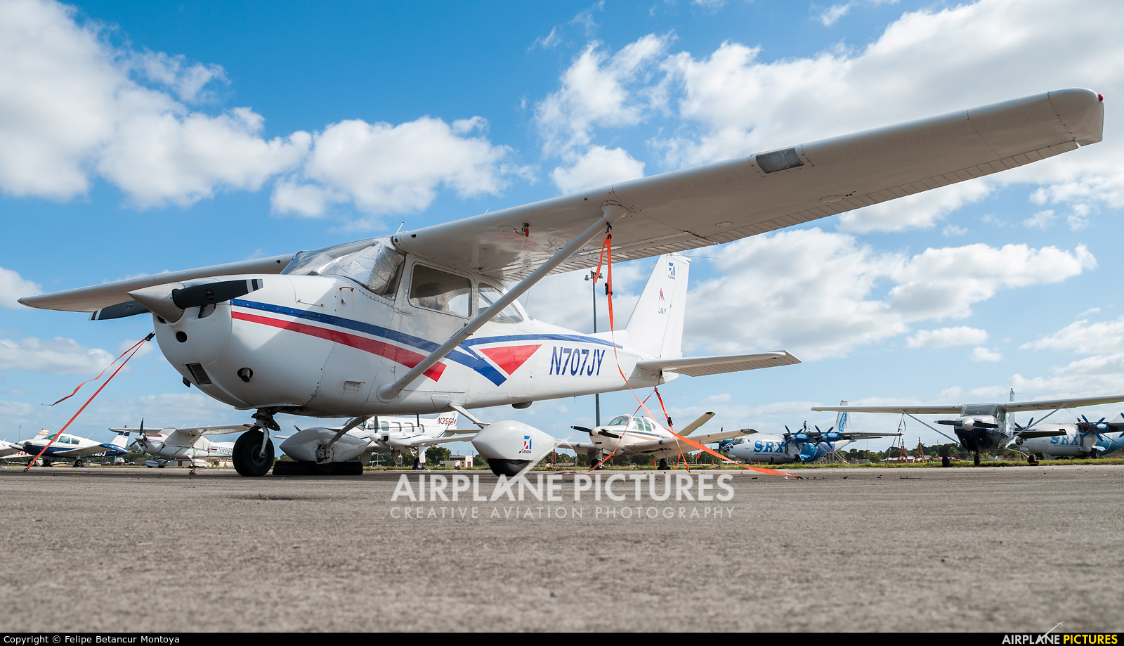 Private N707JY aircraft at Miami - Opa Locka