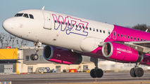 HA-LWH - Wizz Air Airbus A320 aircraft