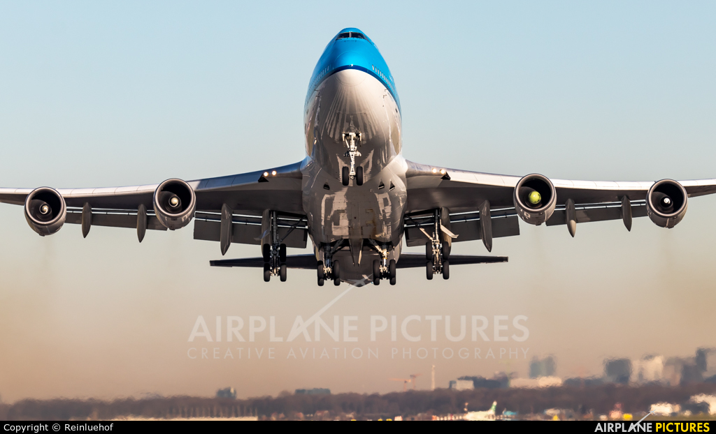 KLM - aircraft at Amsterdam - Schiphol