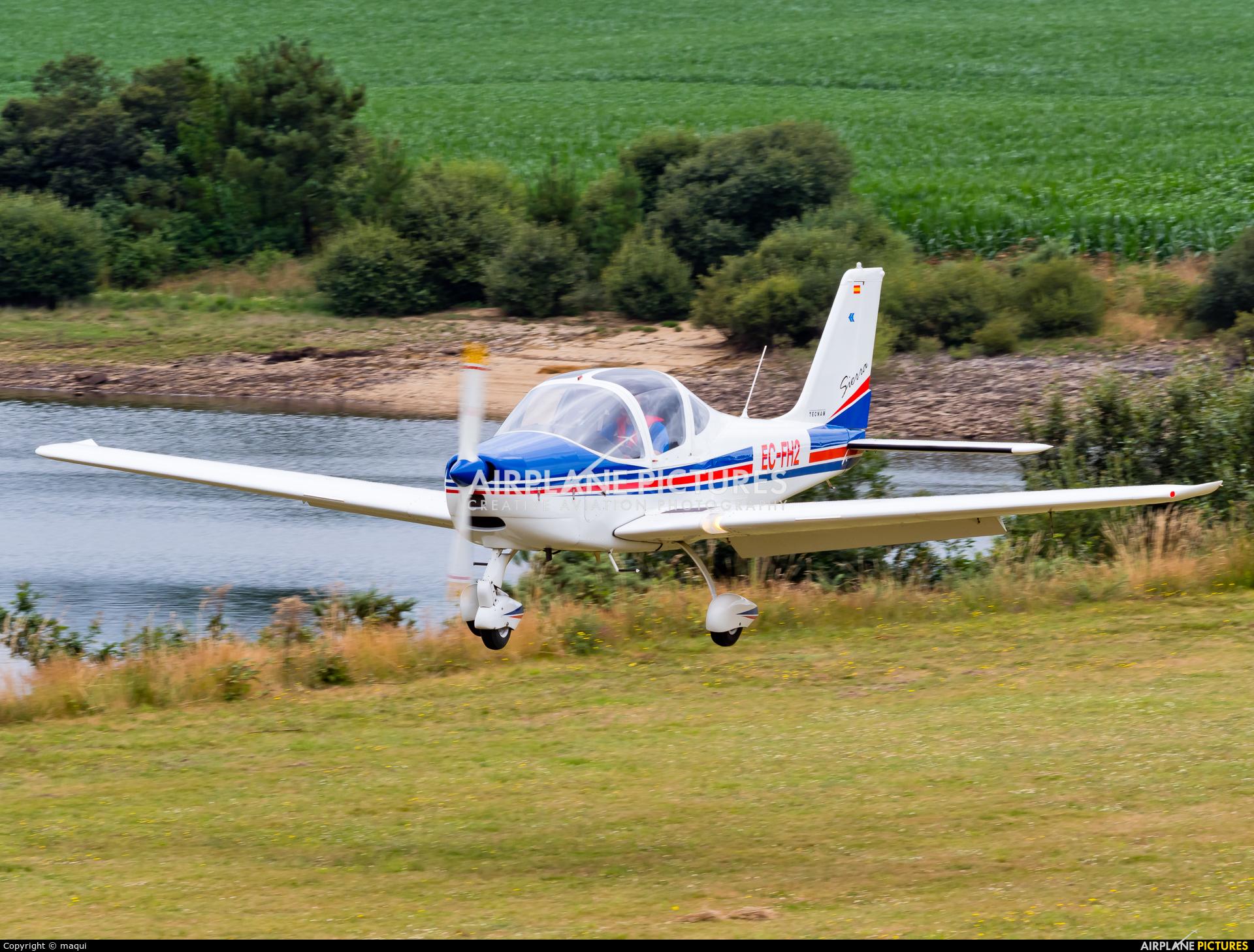 EC-FH2 - Private Tecnam P2002 Sierra RG at Aerodromo De