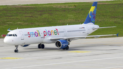 D-ASPC - Small Planet Airlines Airbus A320