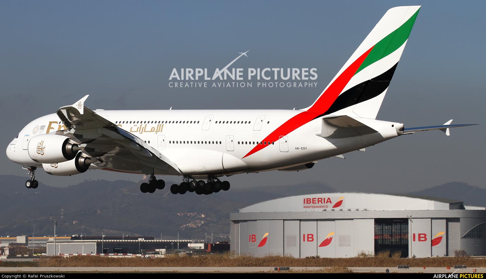 Emirates Airlines A6-EDY aircraft at Barcelona - El Prat