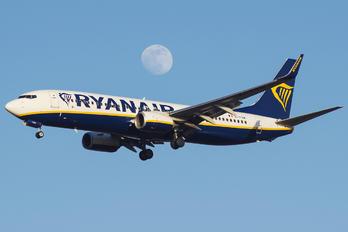 EI-FOW - Ryanair Boeing 737-800