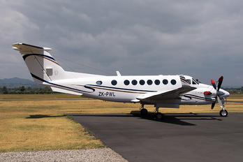 ZK-PWL - Private Beechcraft 300 King Air 350