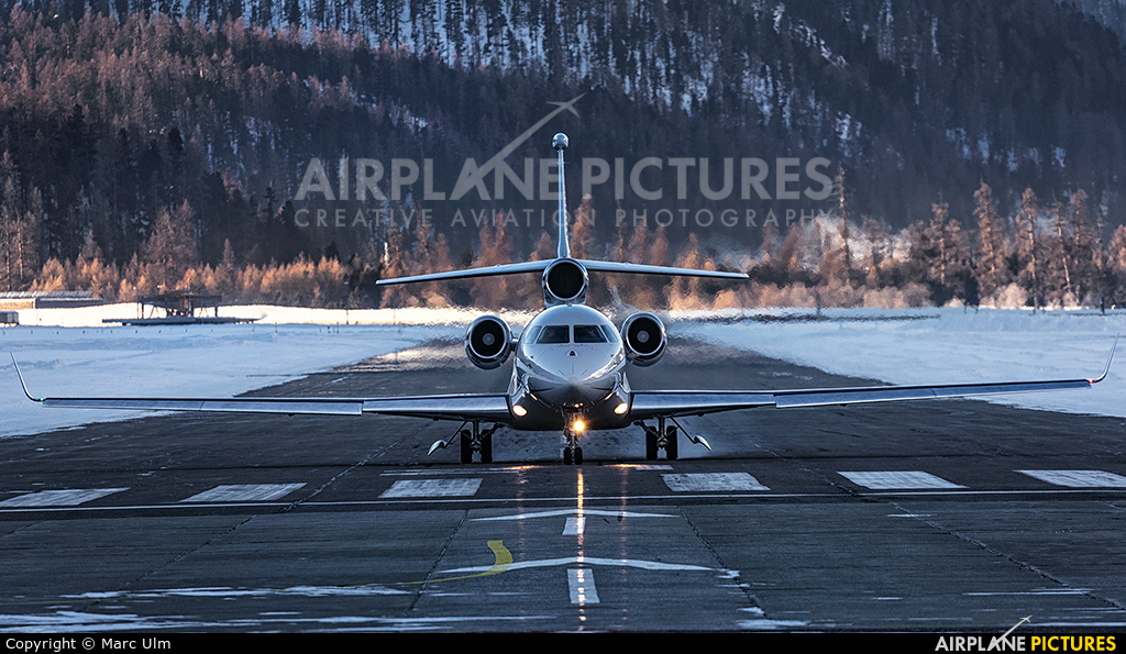 Cat Aviation HB-JOB aircraft at Samedan - Engadin