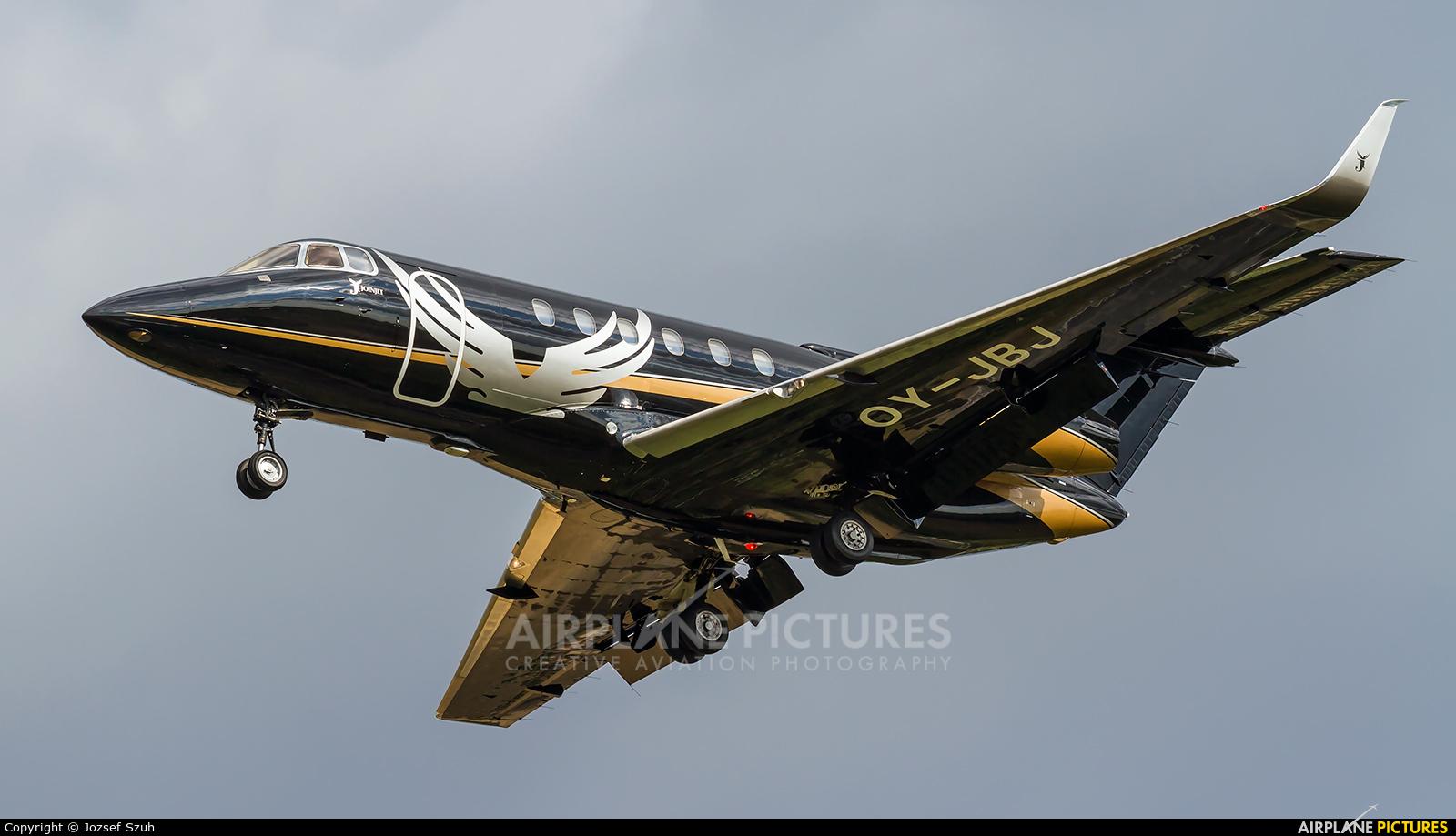 Private OY-JBJ aircraft at Kecskemét