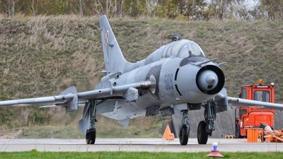 509 - Poland - Air Force Sukhoi Su-22UM-3K