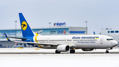 UR-PSJ - Ukraine International Airlines Boeing 737-900ER