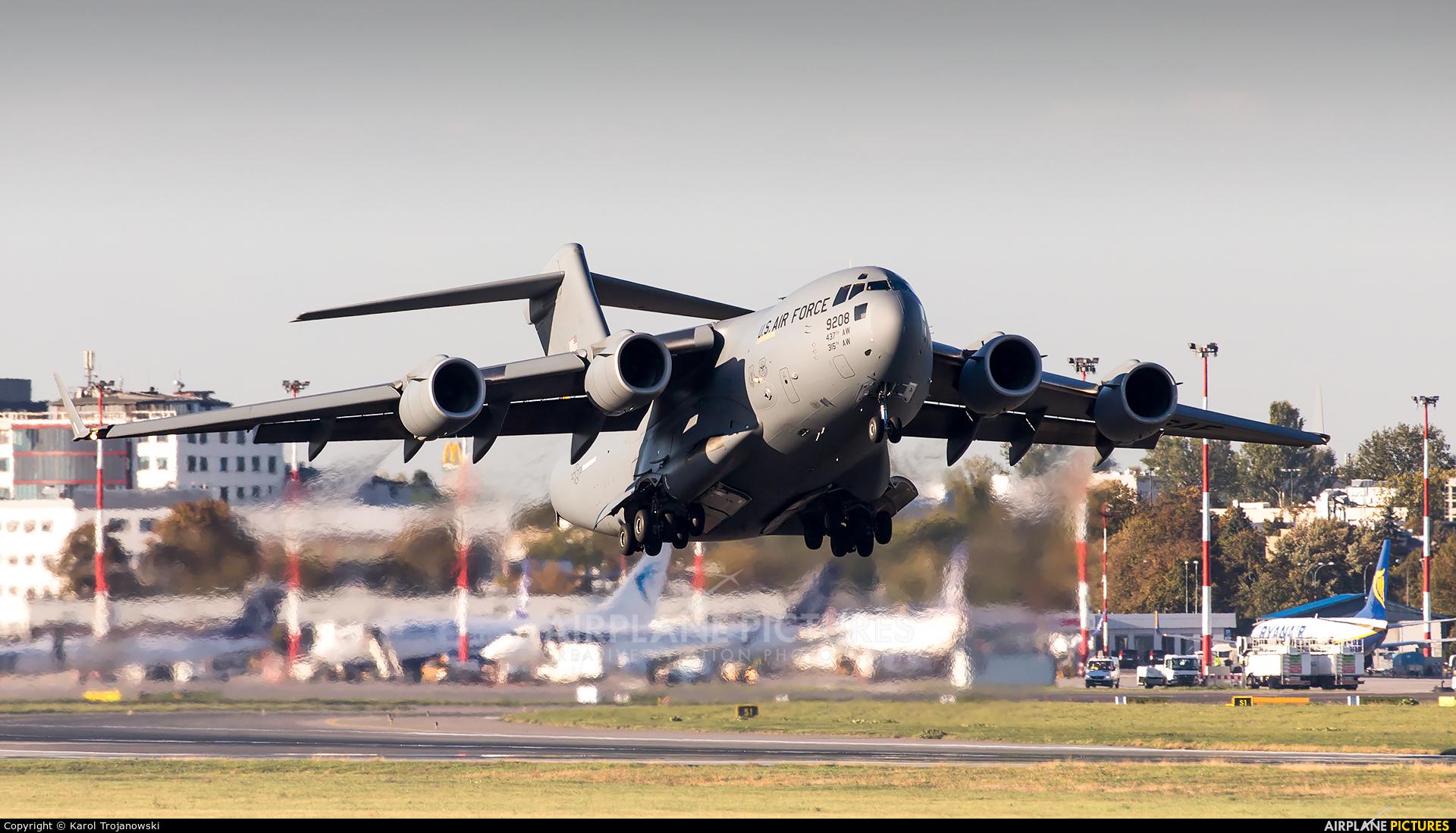 USA - Air Force 09-9208 aircraft at Warsaw - Frederic Chopin
