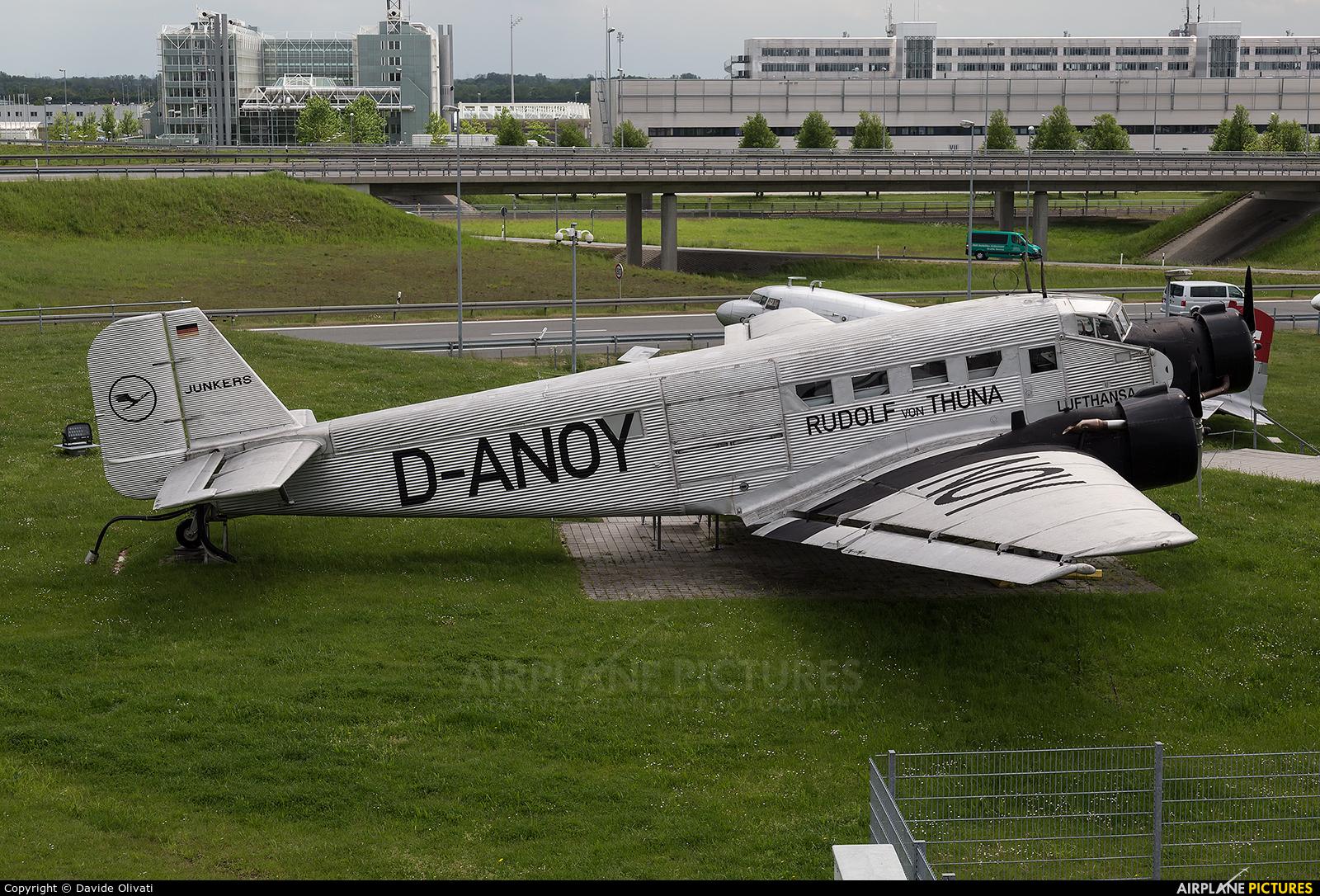 Lufthansa D-ANOY aircraft at Munich