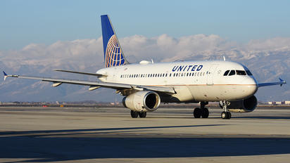 N824UA - United Airlines Airbus A319
