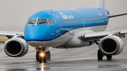 PH-EZI - KLM Embraer ERJ-190 (190-100)