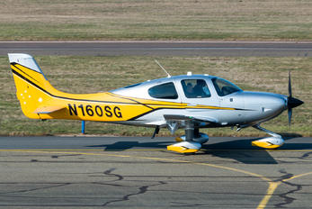 N160SG - Private Cirrus SR22
