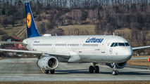 D-AIDT - Lufthansa Airbus A321 aircraft