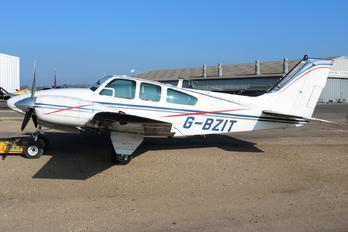 G-BZIT - Private Beechcraft 95 Baron