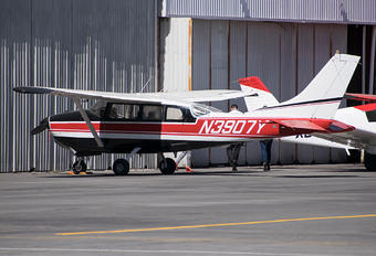 N3907Y - Private Cessna 210 Centurion