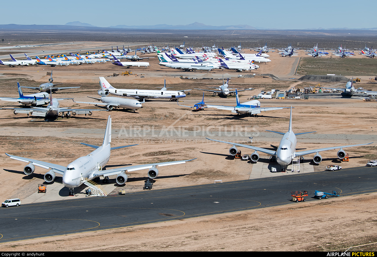 Unknown N894BA aircraft at Victorville - Southern California Logistics
