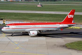 D-ALTL - Air Berlin Airbus A320