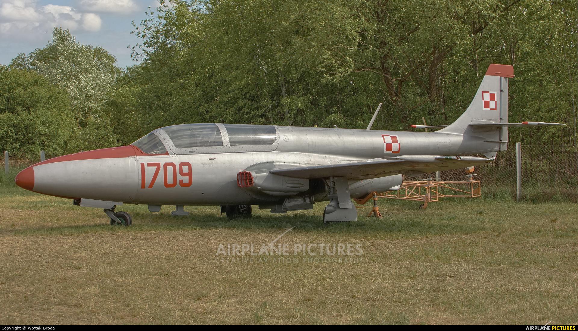 Poland - Air Force 1709 aircraft at Wrocław - Szymanów